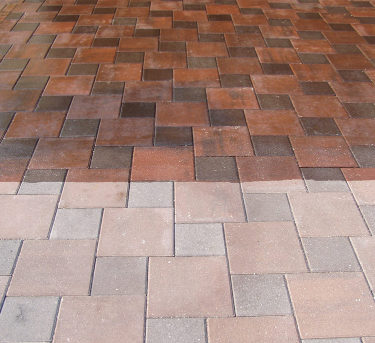Commercial & Residental Pressure Washing Services in Sarasota